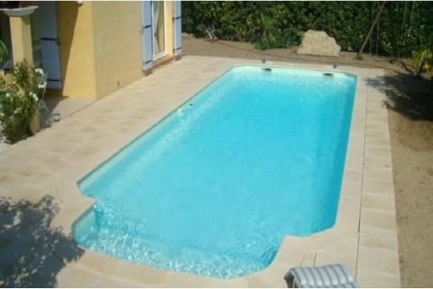 Piscines kit l rins kit piscine coque polyester fond for Polyester piscine prix