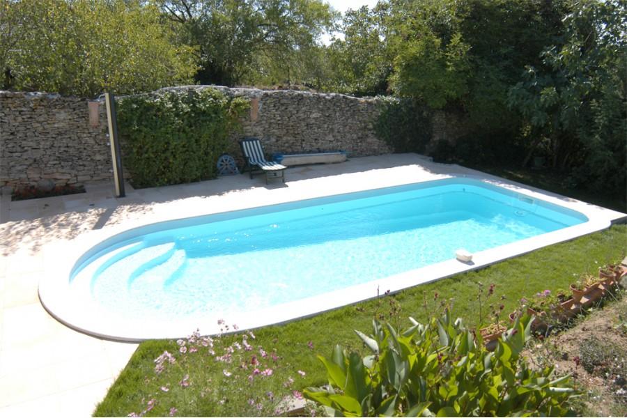piscine polyester mozambique kit piscine coque polyester. Black Bedroom Furniture Sets. Home Design Ideas