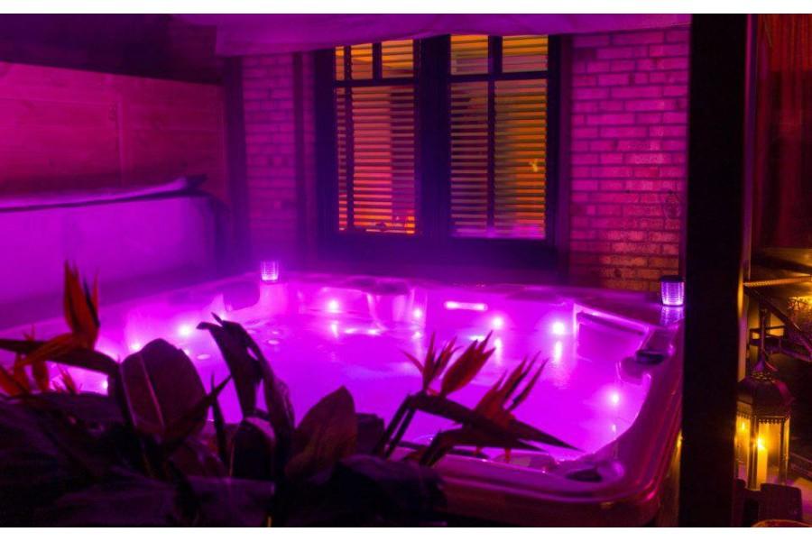 santorin spa 6 places. Black Bedroom Furniture Sets. Home Design Ideas