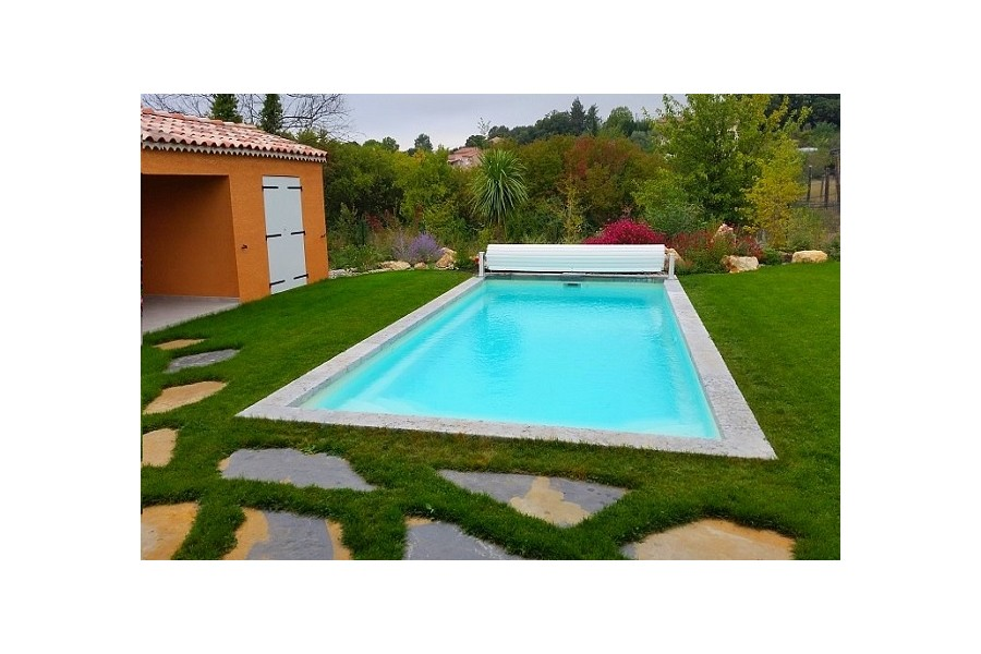 Piscine malte kit piscine coque polyester for Kit piscine coque polyester