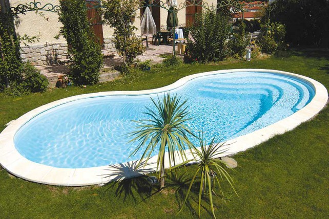 Indienne Piscine coque polyester