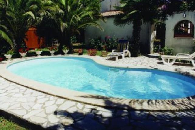 Mini-piscine polyester Corse