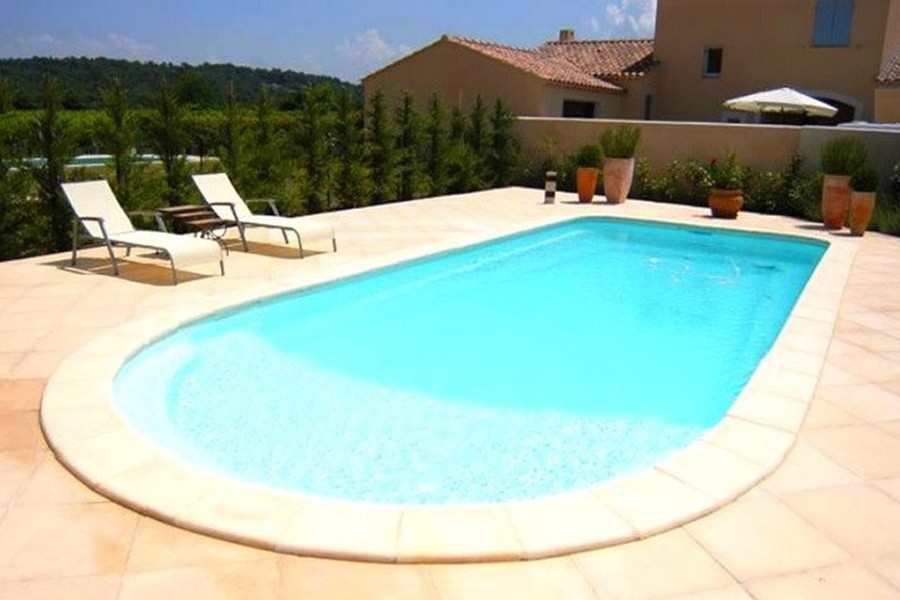 Image gallery piscine for Piscine coque sur mesure