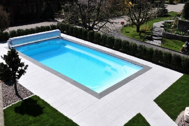 Kit piscine atlantique piscine coque polyester fond for Prix piscine polyester posee