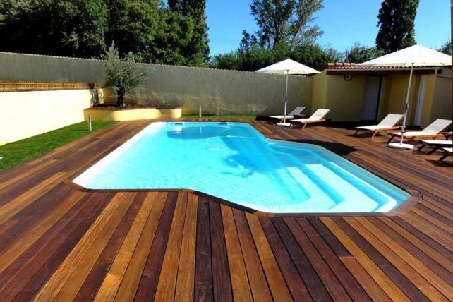 Kit piscine polyester eg e for Piscine coque en kit