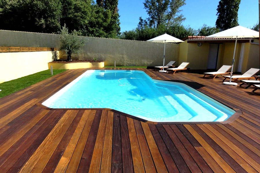 Kit piscine polyester eg e for Piscine coque polyester