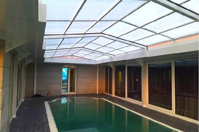 abri de piscine sur mesure