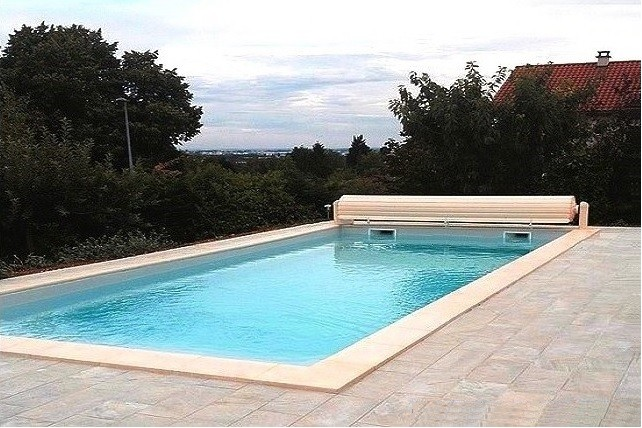 Kit piscine atlantique piscine coque polyester fond for Piscine coque polyester loire atlantique
