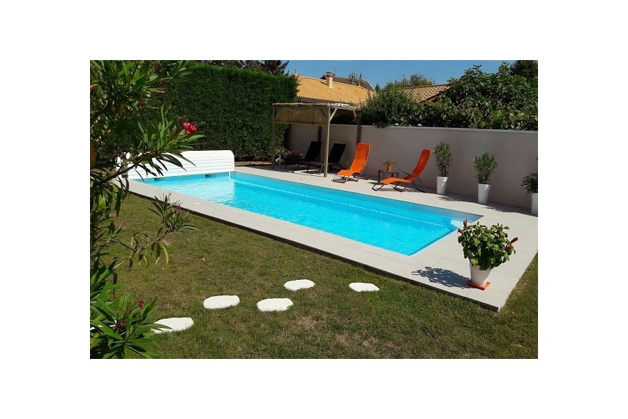 Kit piscine rectangulaire coque polyester tahiti for Piscine en kit rectangulaire