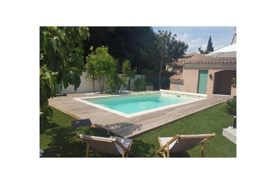 kit piscine rectangulaire polyester comores. Black Bedroom Furniture Sets. Home Design Ideas