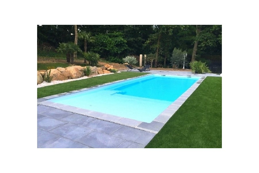 Piscine paques kit piscine coque polyester avec plage et for Bassin piscine polyester