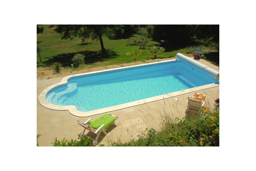 Kit piscine polyester corinthe for Piscine coque kit