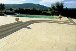 Margelles Majorque + volet sur mesure pour votre piscine
